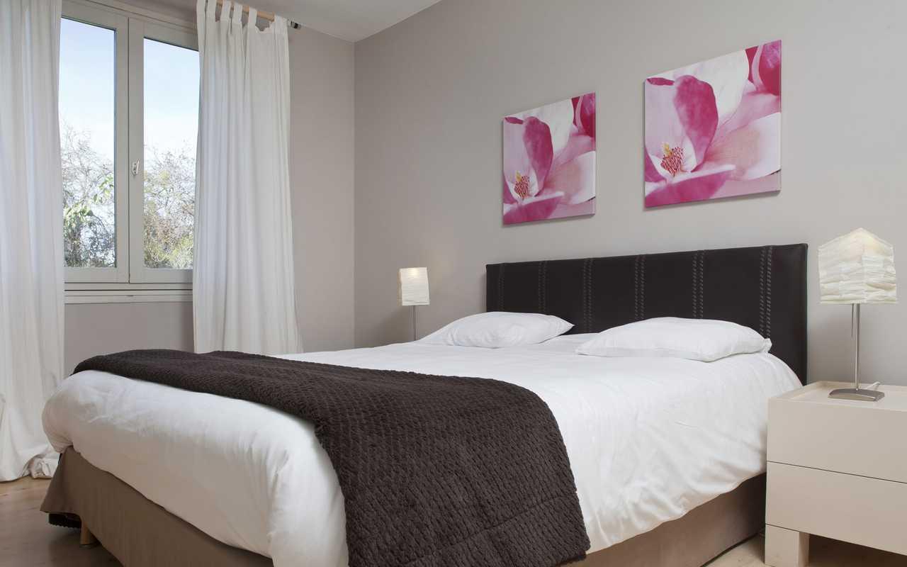 Chambre charmante hôtel Corbières